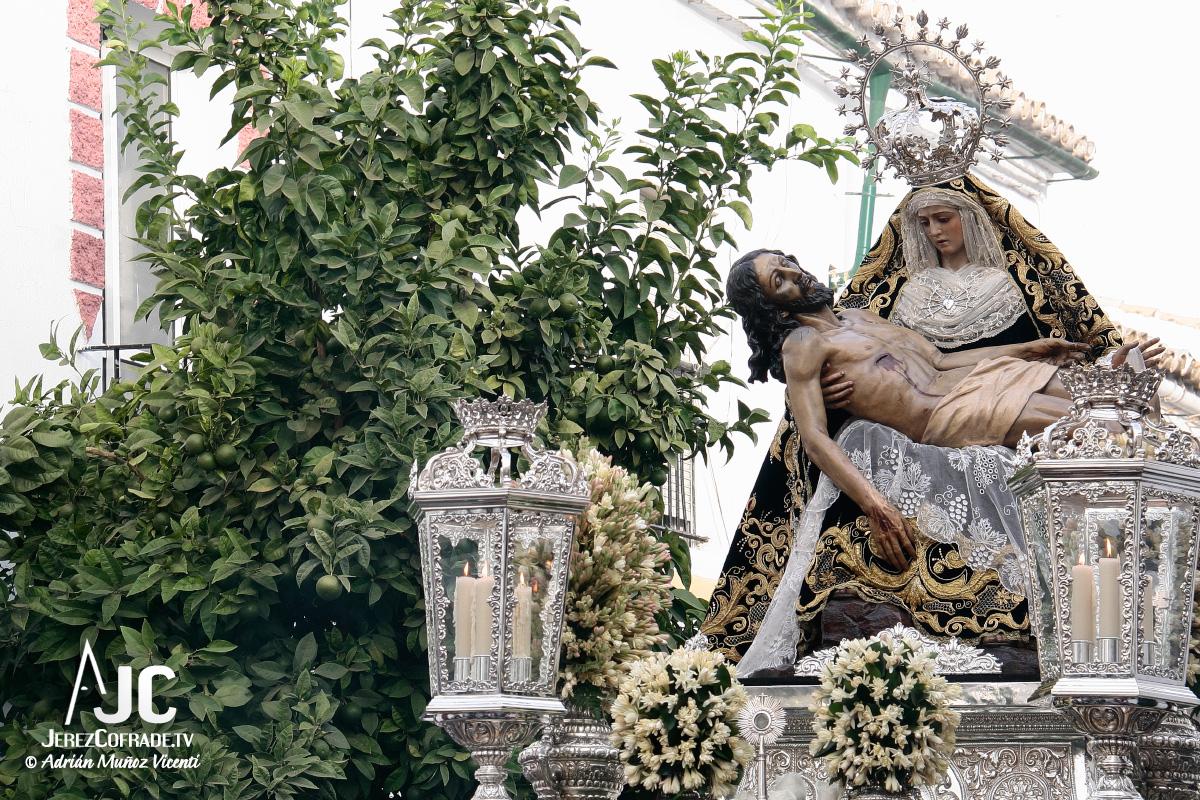 rosario-aurora-angustias-2012
