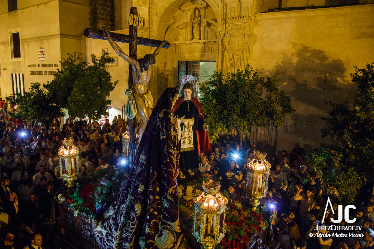 vuelta-a-santiago-hermandad-de-la-buena-muerte-2016-adrian-munoz-1