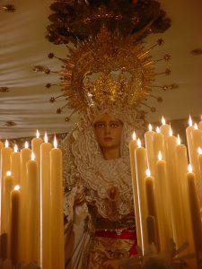 Madre de Dios de la Misericordia, el día de su salida procesional con motivo del cincuenta aniversario fundacional