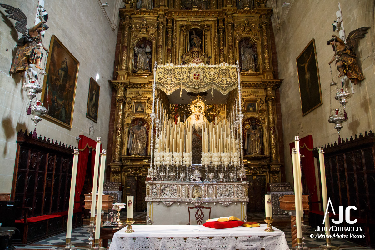 madre-de-dios-de-las-misericordias-altar-mayor-3