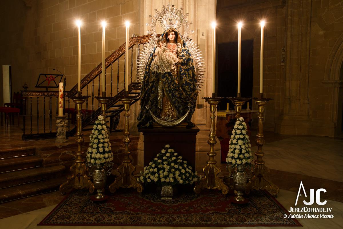 A la Luz de las Velas – Paz Sacramental Santiago (1)