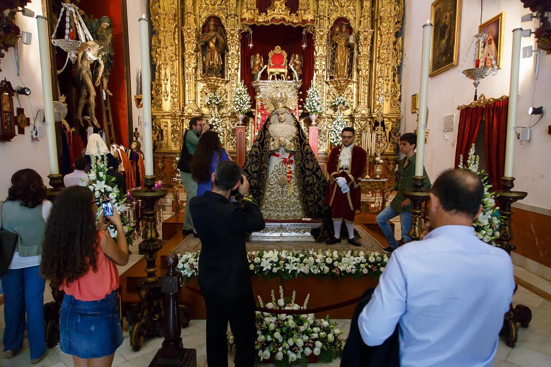 jerez-se-erige-por-unos-das-en-capital-del-acervo-mariano (1)