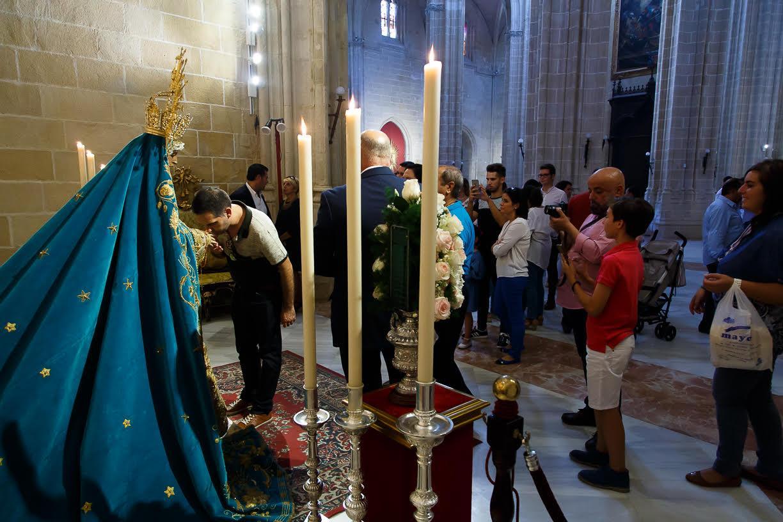 jerez-se-erige-por-unos-das-en-capital-del-acervo-mariano (3)
