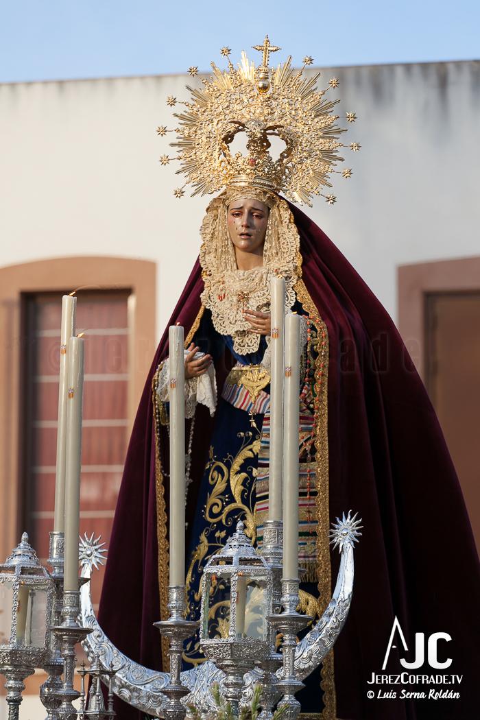 rosario aurora mercedes-8506