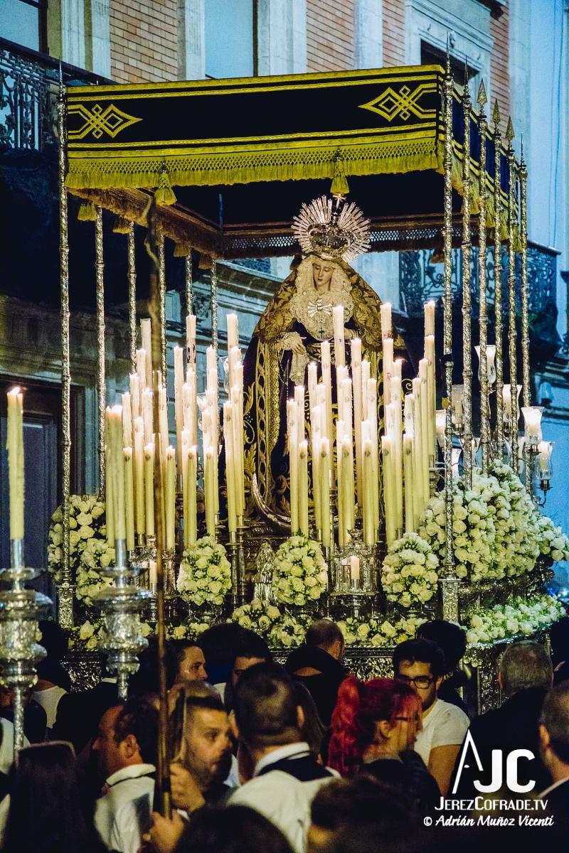 Consuelo Peliron – Miercoles Santo Jerez 2018 (1)