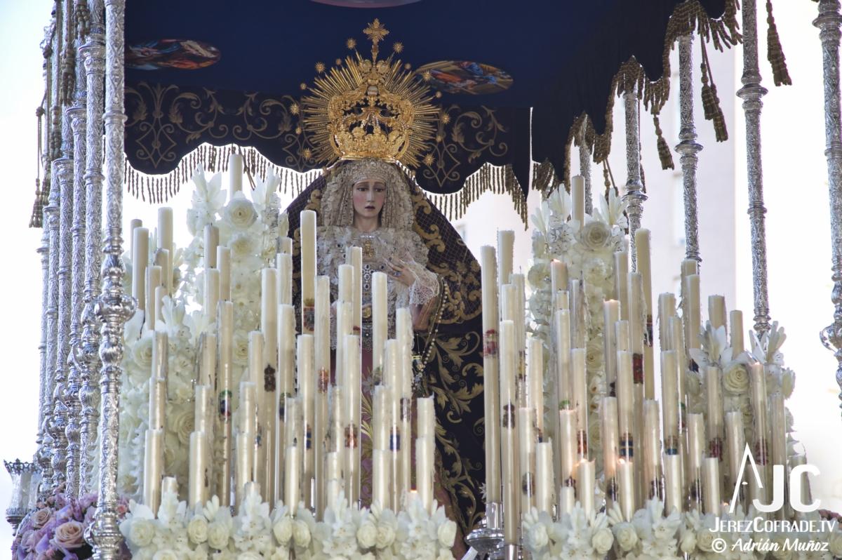 Concepción Coronada – Exaltacion – Viernes Santo Jerez 2019 (2)