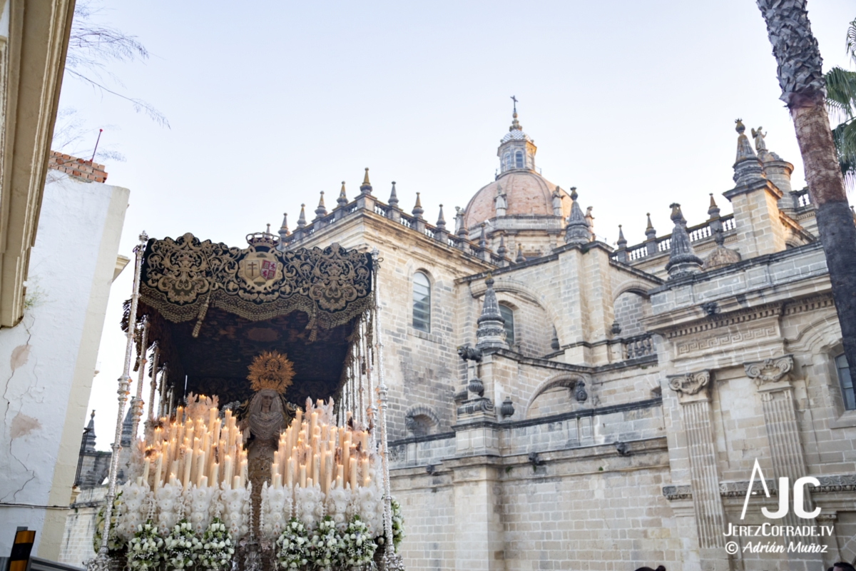 Esperanza de la Yedra – Noche de Jesús Jerez 2019 (9)