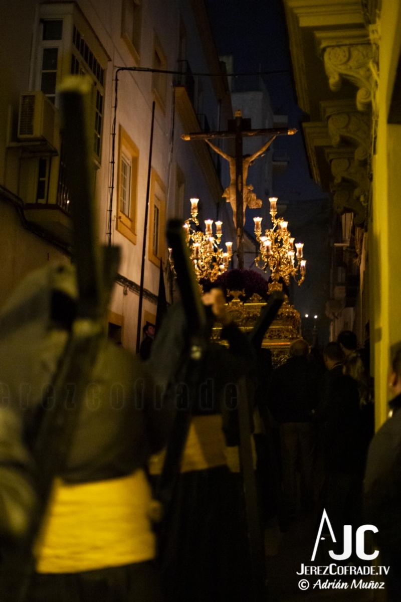Santo Crucifijo de la Salud – Noche de Jesús Jerez 2019 (12)