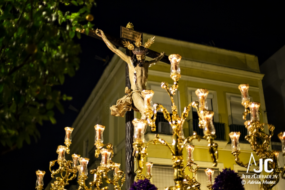 Santo Crucifijo de la Salud – Noche de Jesús Jerez 2019 (3)