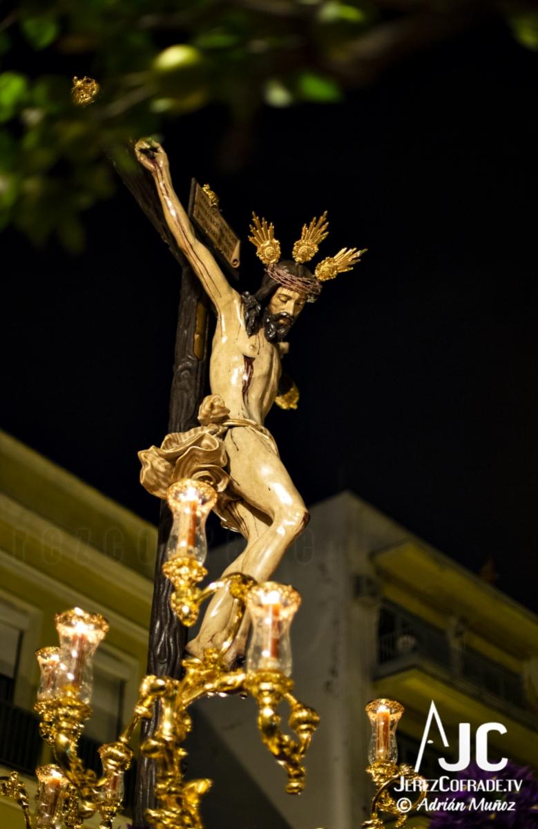 Santo Crucifijo de la Salud – Noche de Jesús Jerez 2019 (5)