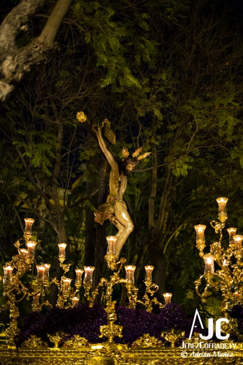 Santo Crucifijo de la Salud – Noche de Jesús Jerez 2019 (7)