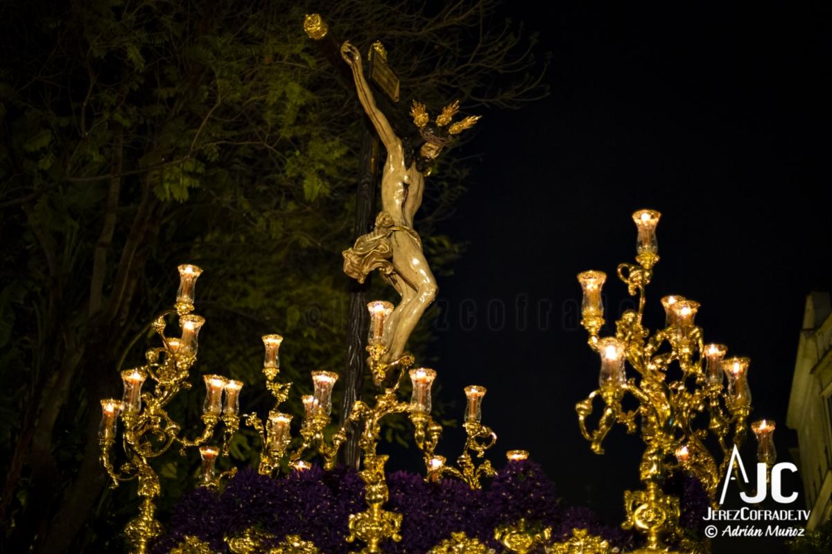 Santo Crucifijo de la Salud – Noche de Jesús Jerez 2019 (8)