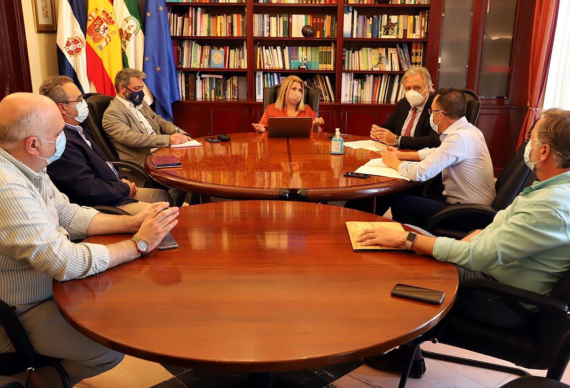 Reunión alcaldesa y UHH