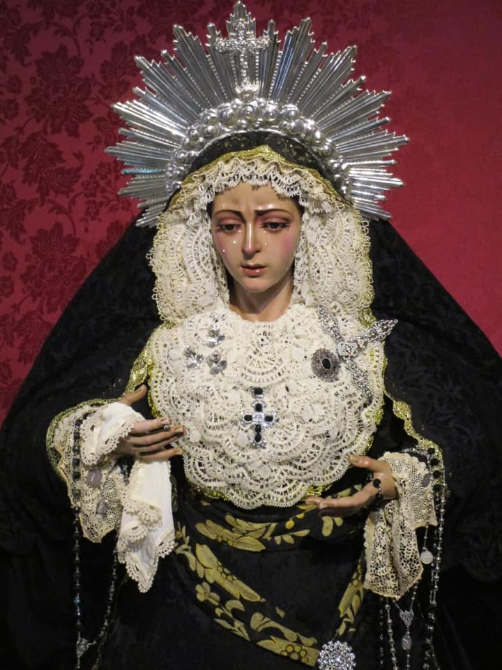 María Santísima Madre de la Iglesia de luto