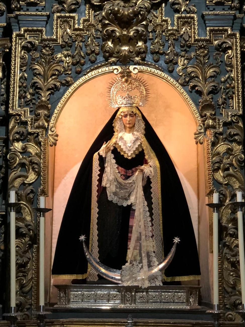María Santísima de la Encarnación de luto