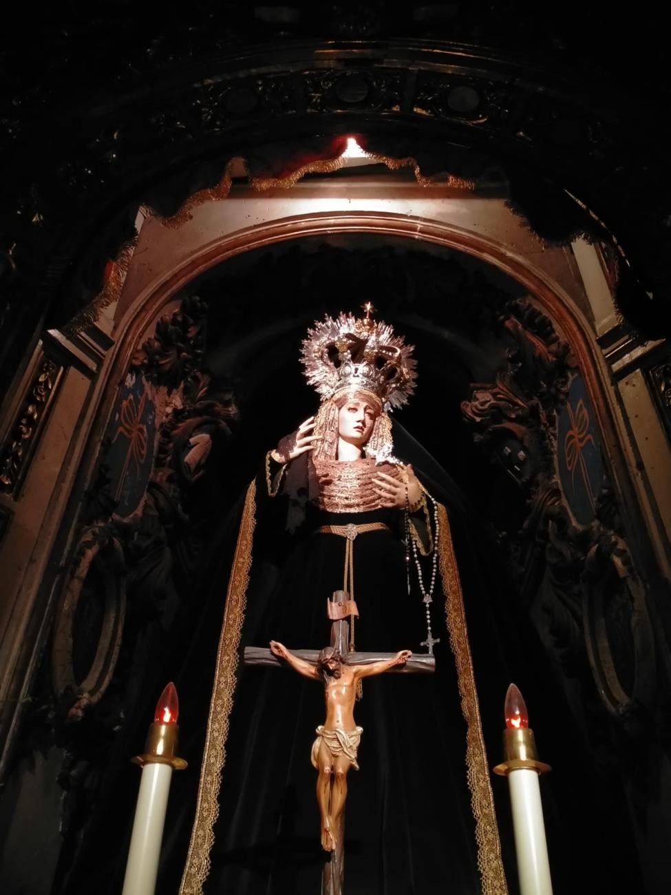 María Santísima del Desconsuelo de luto