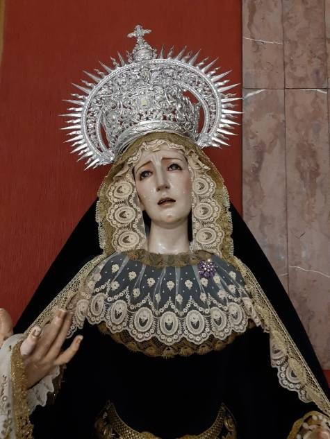 Nuestra Señora de los Remedios de luto