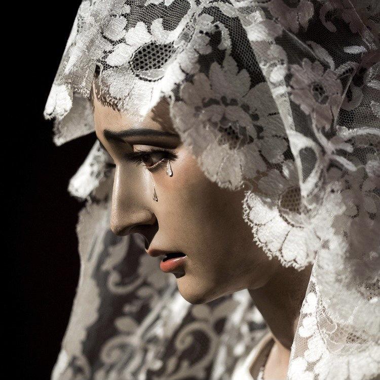 Virgen-de-la-O-mantilla