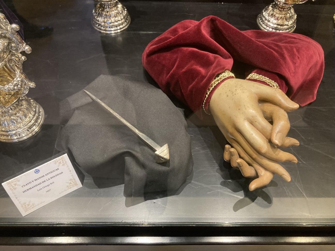 Antiguas manos de Nuestra Madre y Señora de la Soledad