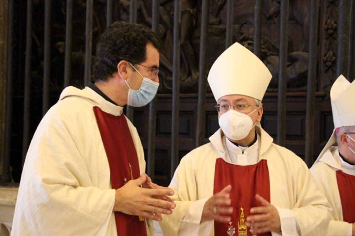 D. Federico Mantaras y Monseñor D. José Rico Pavés